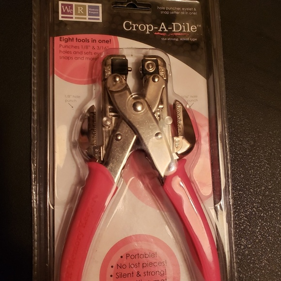 we R memory keeper Other - CROP-A-DILE hole puncher, eyelet & snap setter